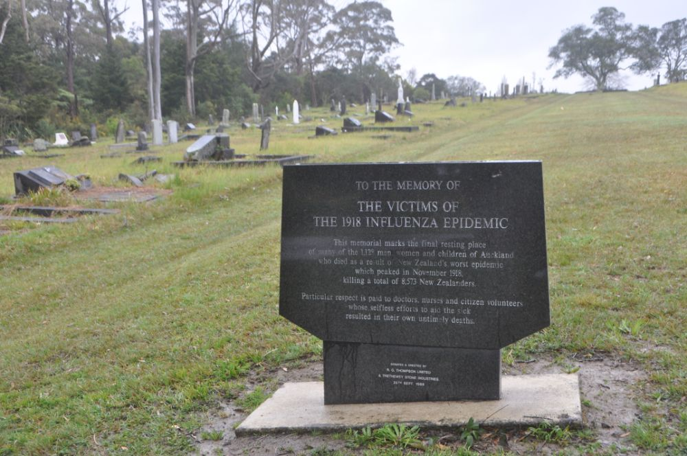 Memorial at Waikumete cemetery to victims of the 1918 influenza epidemic